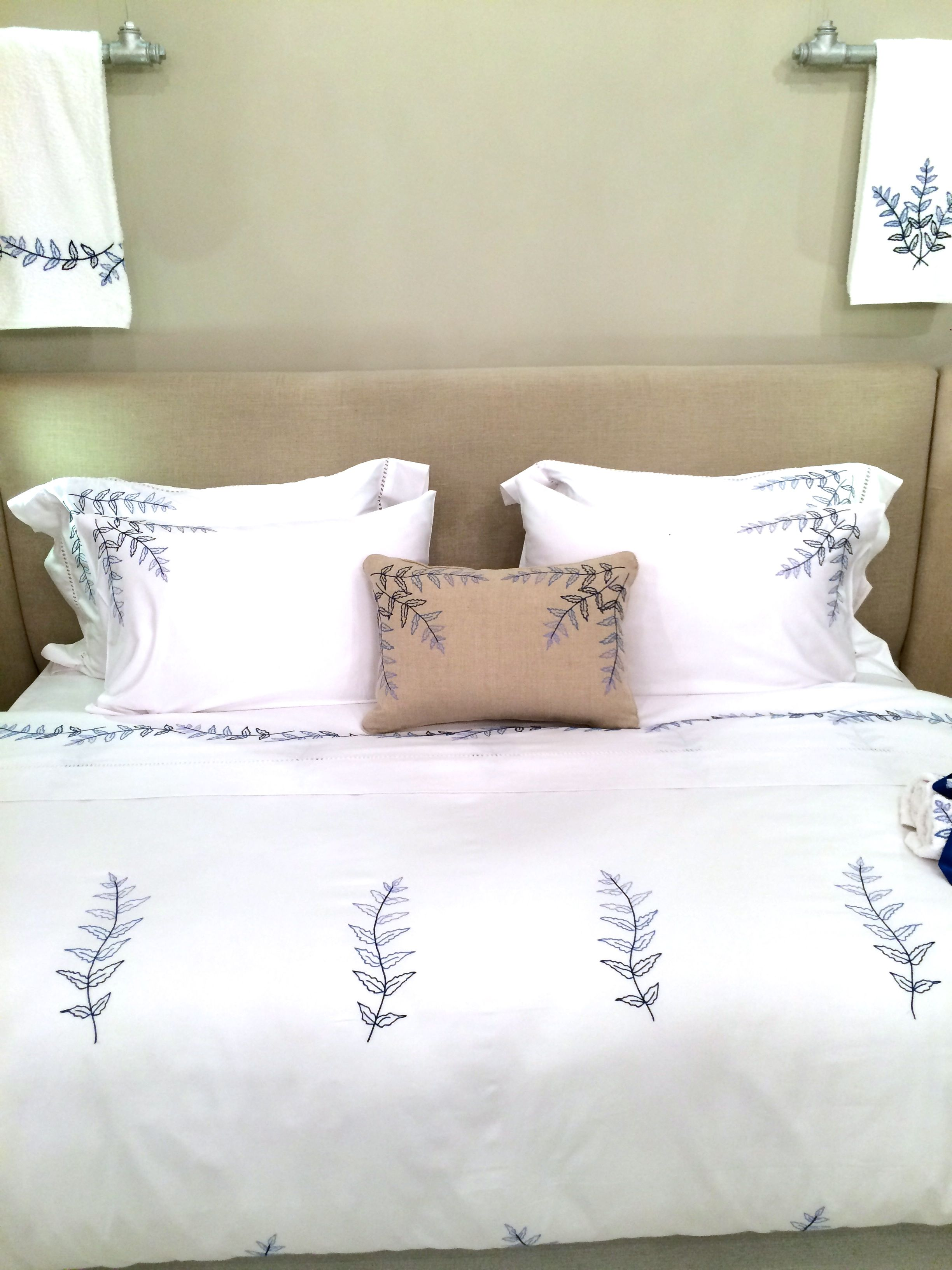 Etonnant 800 Thread Count Egyptian Cotton Bed Sheets With Our Very Own Fougere  Collection Hand Embroidered By