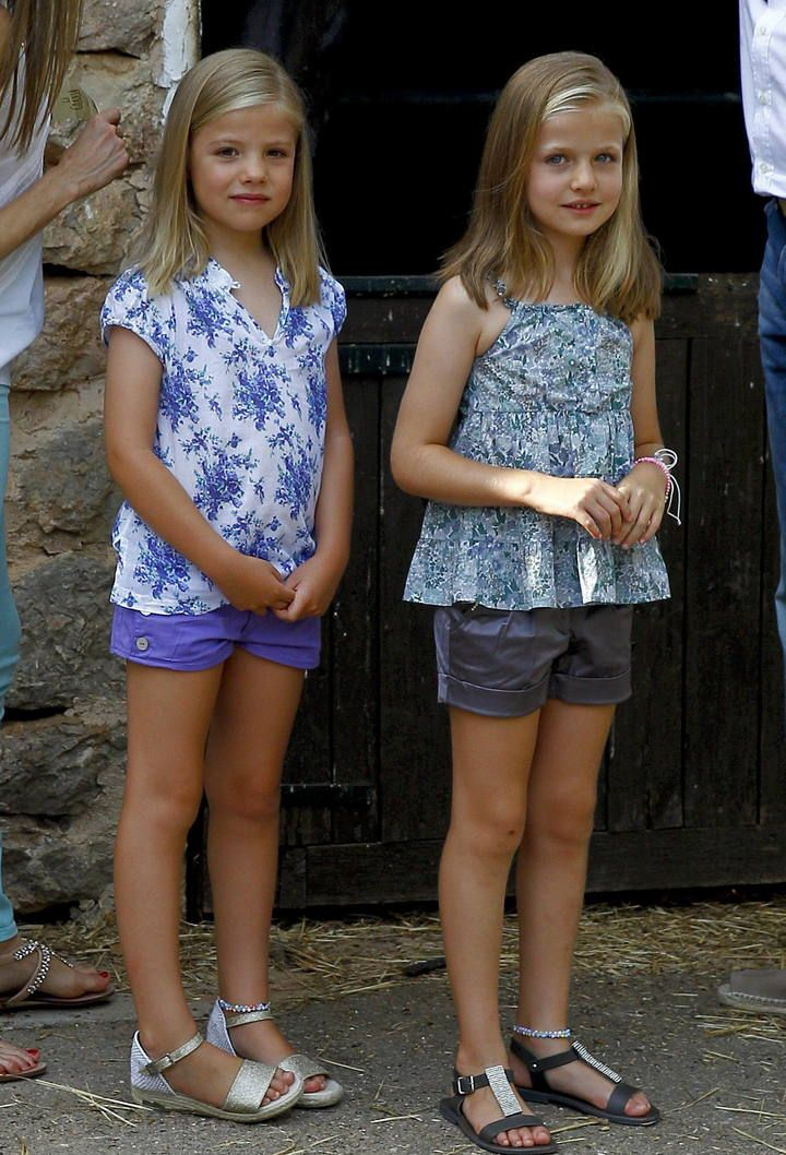 spanishroyals:  August 5, 2013-Infanta Sofia and Infanta Leonor