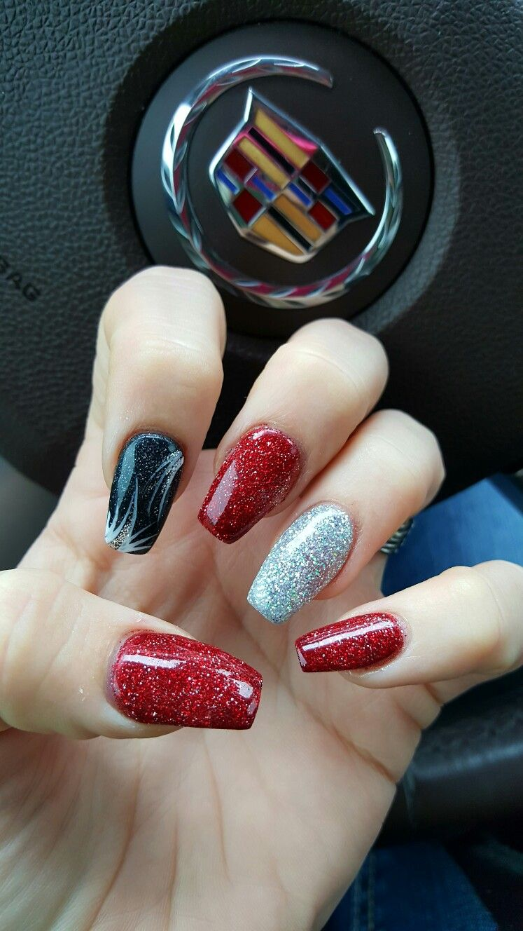Red Black Silver Coffin Nails Great For Christmas Or Vegas Black Silver Nails Red And Silver Nails Silver Nails