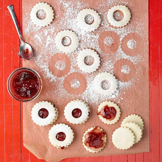 40 Christmas Cookie Recipes Everyone Will be Begging For Cookie