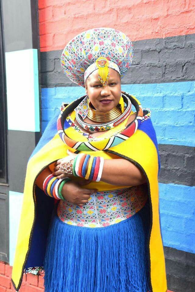Colours of Culture #traditionalafricanfashion #afrikanischerstil