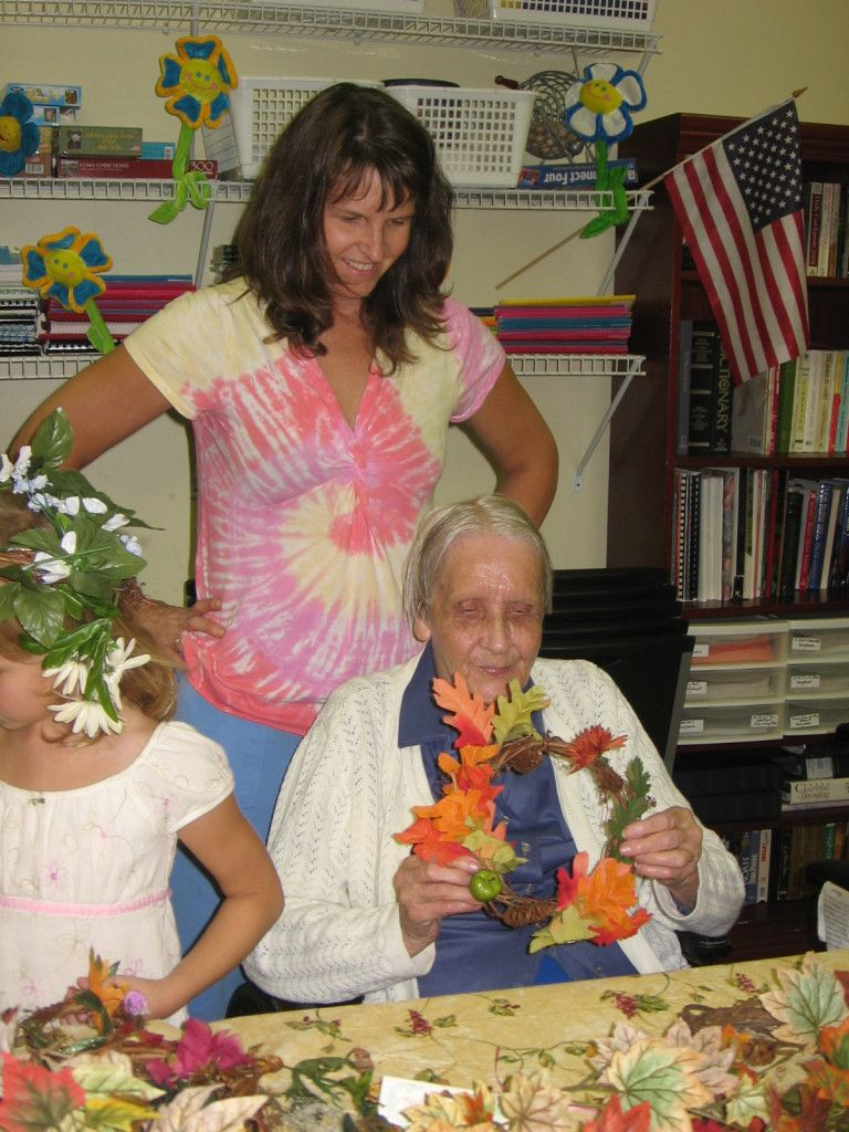 How to Start a Nursing Home Ministry (With images