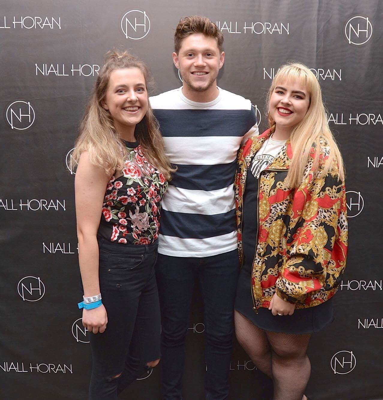 August 29 niall at the flicker sessions meet n greet fans august 29 niall at the flicker sessions meet n greet kristyandbryce Choice Image
