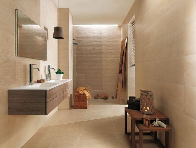 Badezimmer fliesen holz waschtisch unterschrank creme sandstein