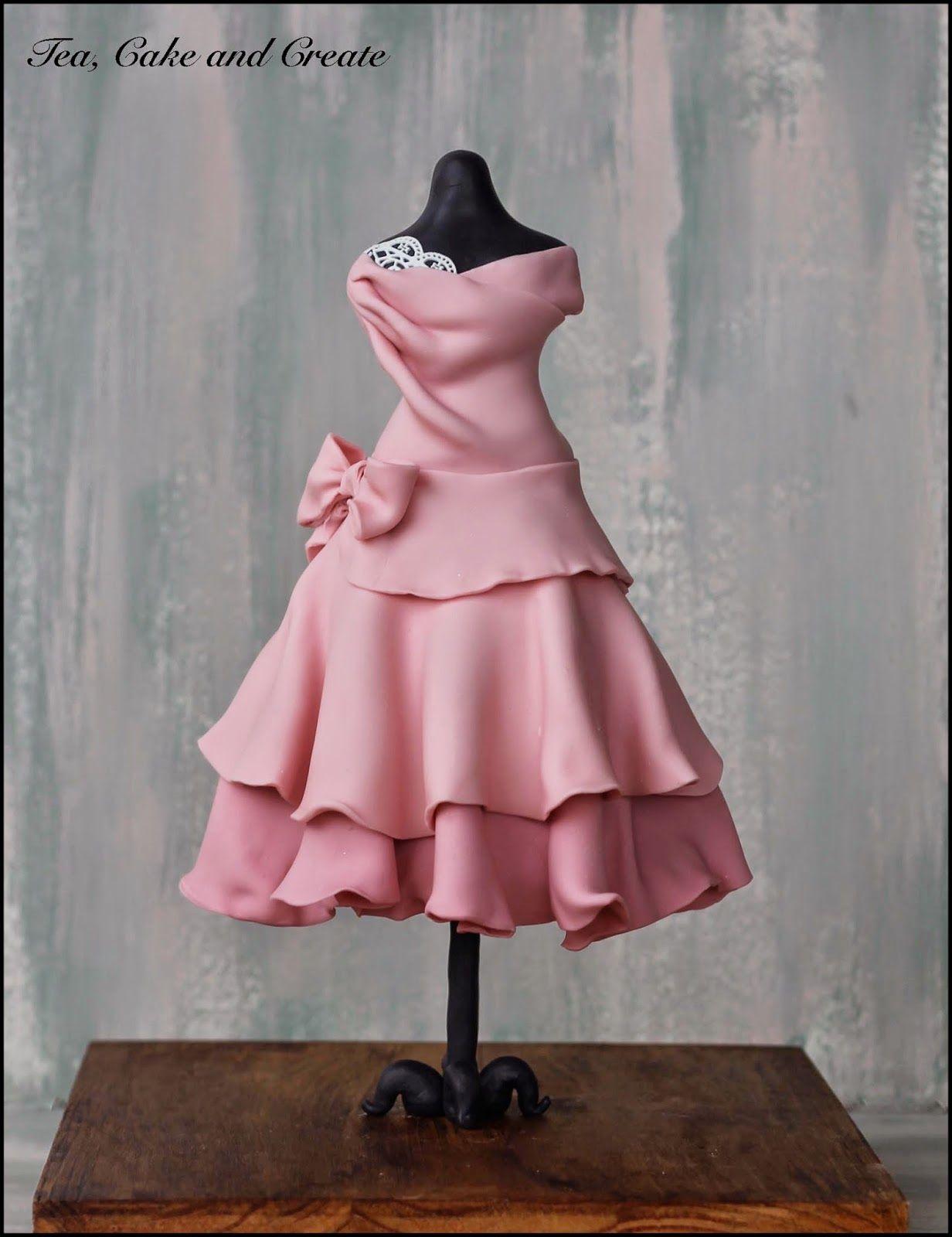 Dress-on-Mannequin Cake