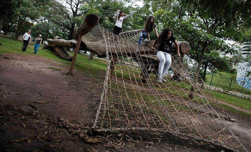 Sao Paulo Designer Turns Fallen Trees into Outdoor Furniture » Design You Trust. Design, Culture & Society.