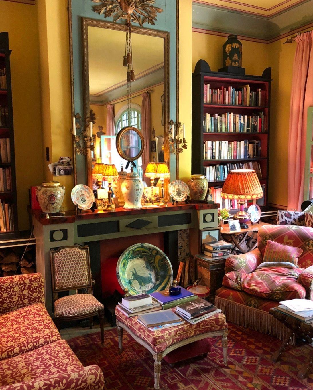 Regal looking sitting room cozy nook arredamento for Faccende domestiche in inglese