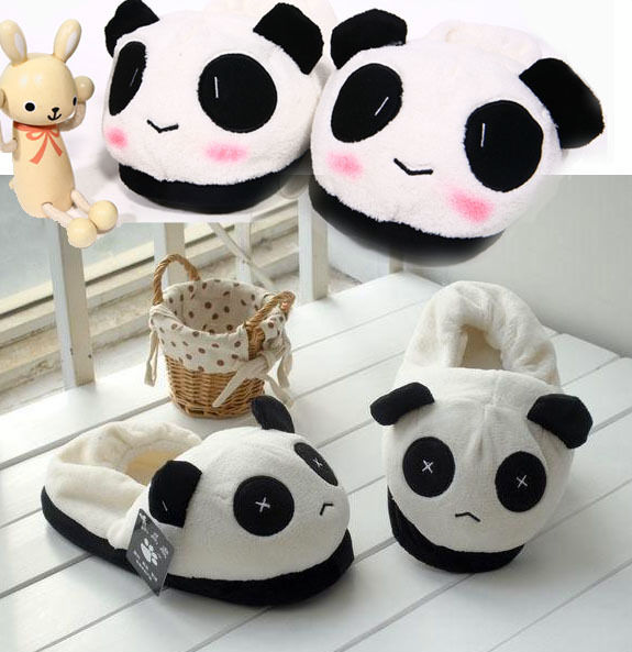 Pantufa do urso panda .