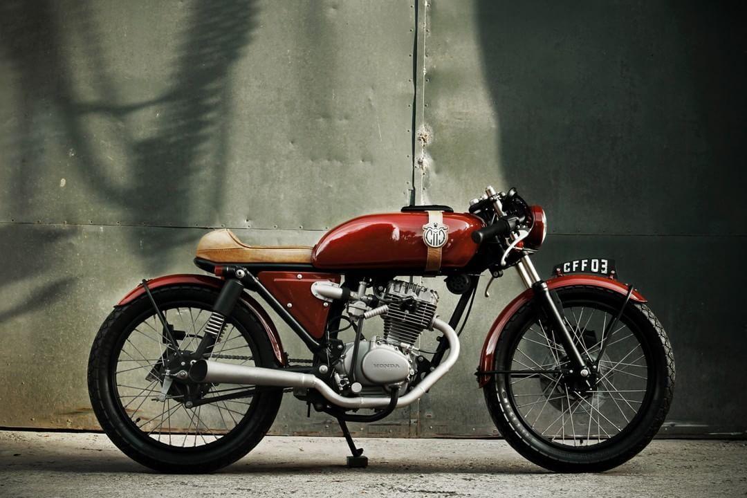 Honda Turuna 125 Cafe Racer by Caffeine Custom #motorcycles #caferacer #motos | caferacerpasion.com