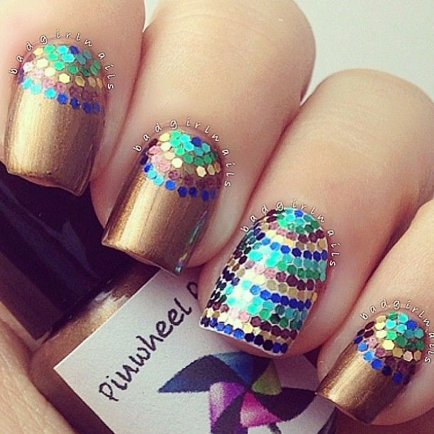 Multi-colored gold nails. For more fashion and wedding resources ...