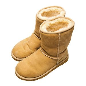 0bbcf84120d5d4c398a908432a1e1b96 - How To Get The Feet Smell Out Of Uggs
