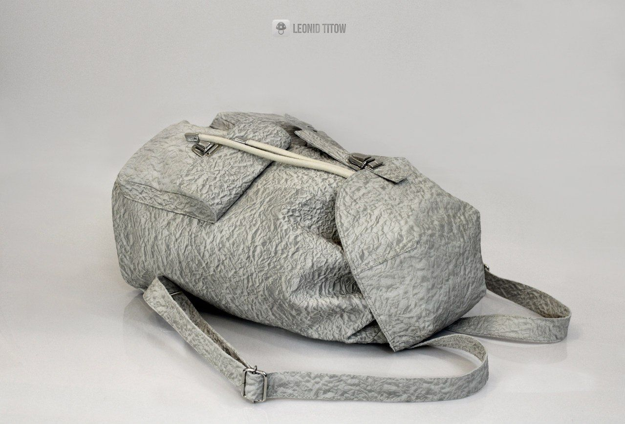 92a0dbfc3329 backpack with imitation leather ruffled paper www.leonidtitow.com ...