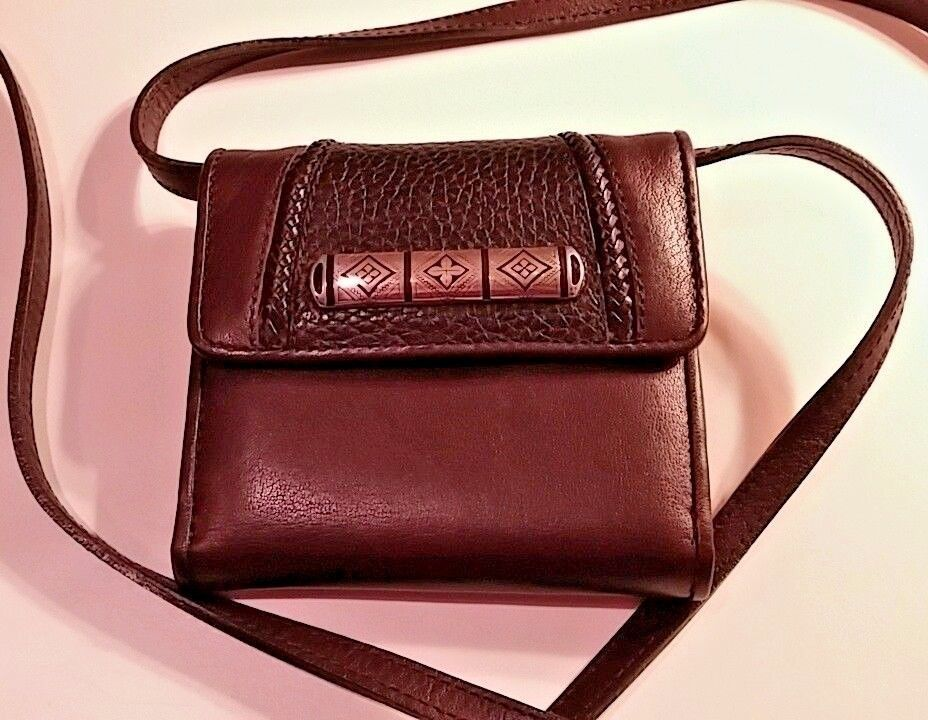 BRIGHTON Small Black Pebbled and Brown Leather Crossbody Wallet Organizer Two sides  #Brighton #MessengerCrossBody