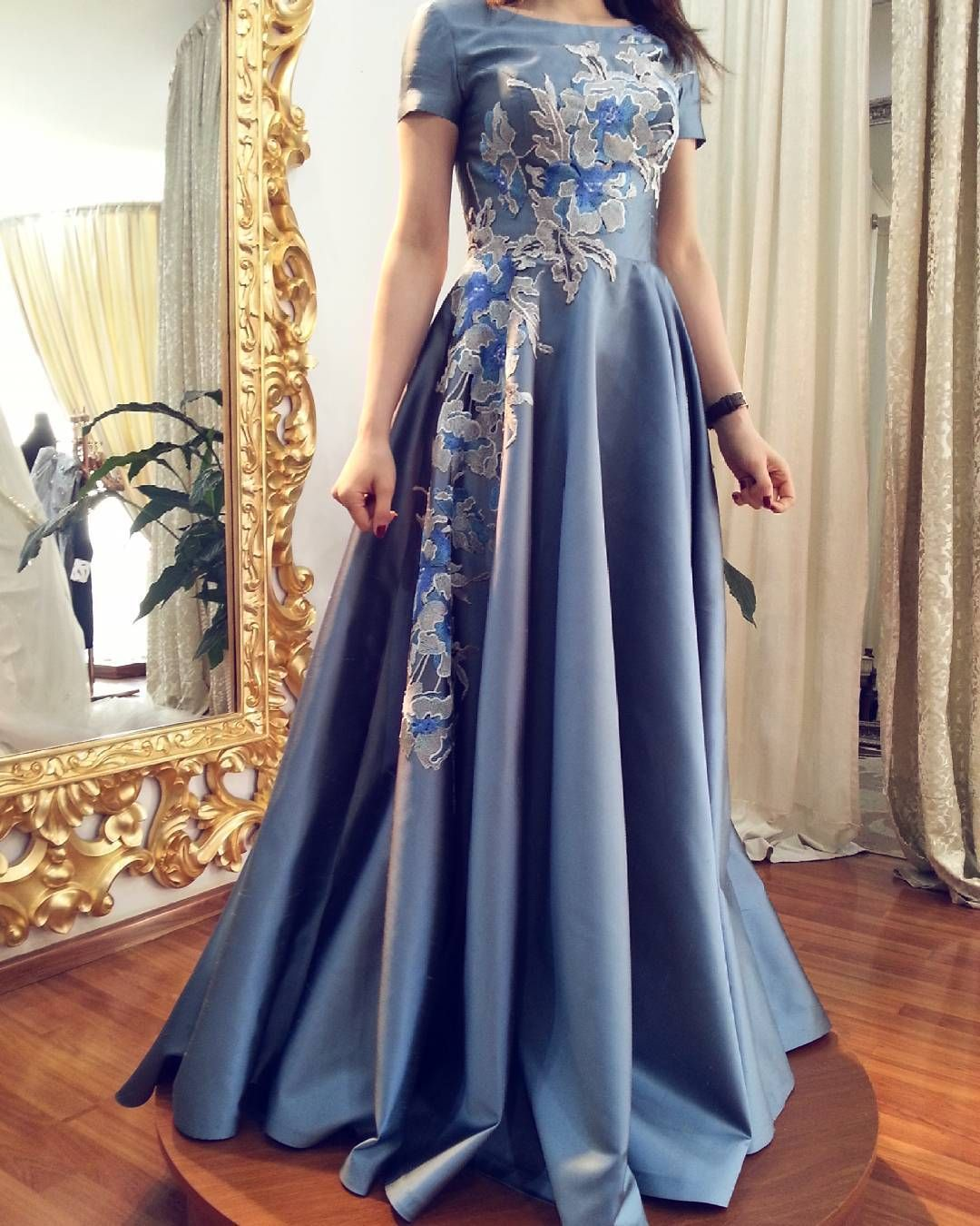 LONG EVENİNG DRESS Instagram'da Atelier Shanti (@baku_atelier_shanti) |  Dresses, Gowns dresses, Moroccan caftan