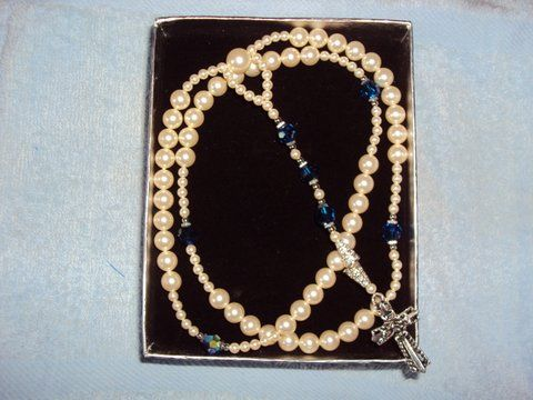 Pearl and Blue Crystal (R02)