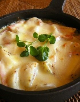 蕪とハムのミルクチーズグラタン