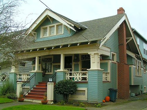 Daily bungalow se portland hawthorne neighborhood for Portland craftsman homes