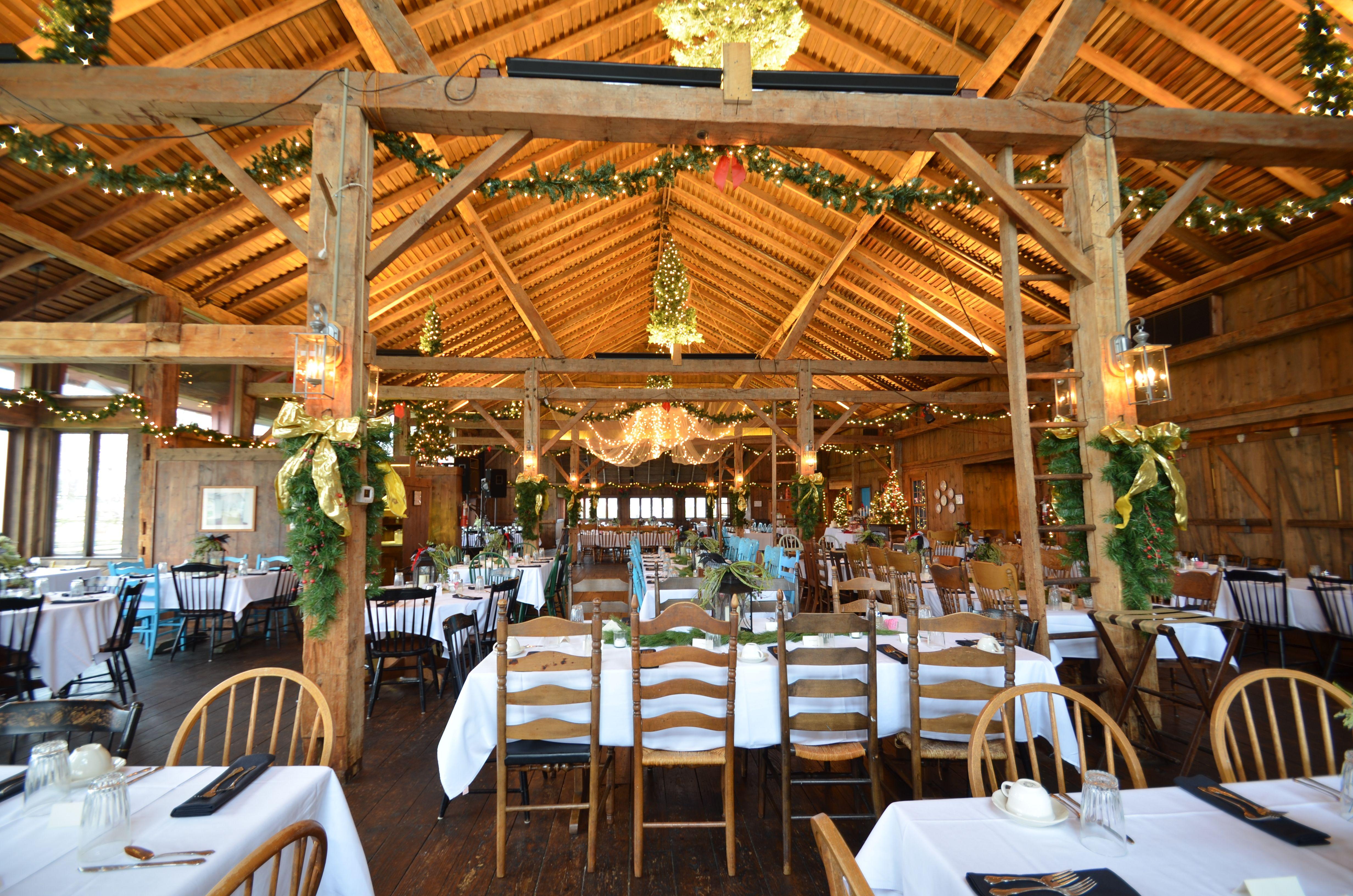 Winter Barn Wedding Amish Acres Weddings Receptions Nappanee Indiana