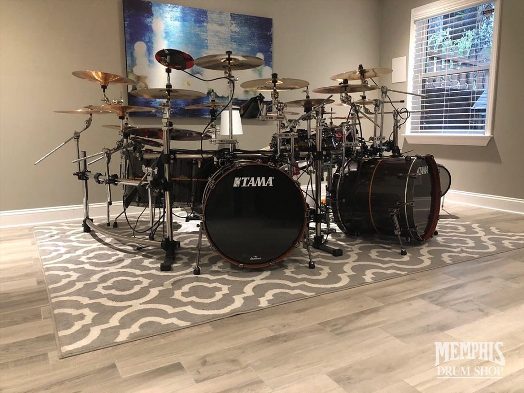 Eric Smith Just Set Up His Two Special Order 22x20 Starclassic Bubinga Bass Drums Drum Drums Drummer Drumkit Drumlife Instadr Drums Drum Kits Bass Drums
