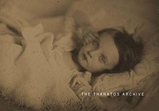 21 Fotografie Post-Mortem dell'epoca Vittoriana 13