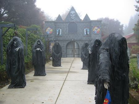 Grim Hollow Haunt Davis Graveyard Halloween projects Pinterest - haunted forest ideas for halloween