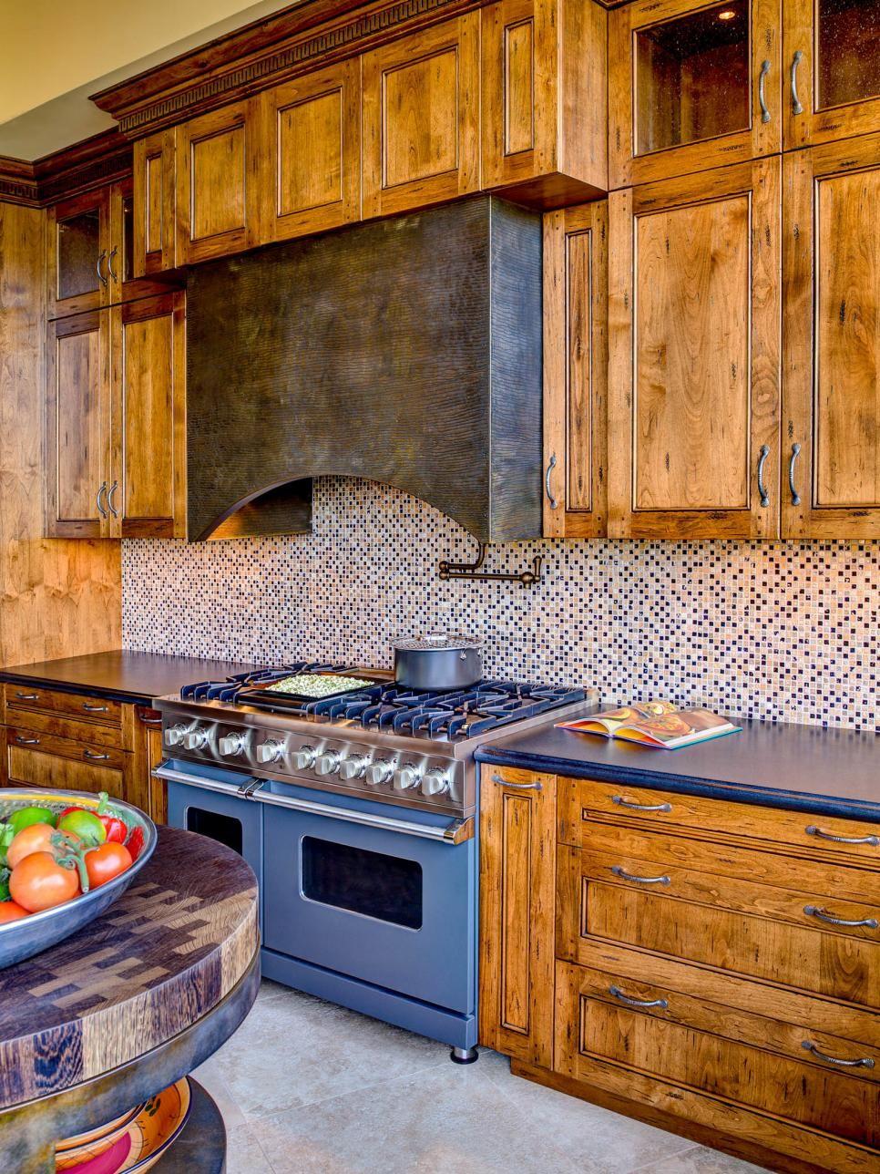 Stunning Southwestern Kitchen Makeover Rustic Kitchen Rustic Kitchen Design Farmhouse Style Kitchen