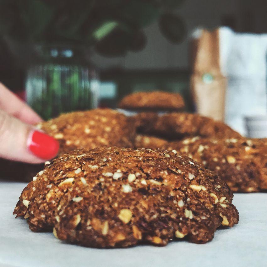 diese kekse machen s chtig kokos mandel cookies. Black Bedroom Furniture Sets. Home Design Ideas
