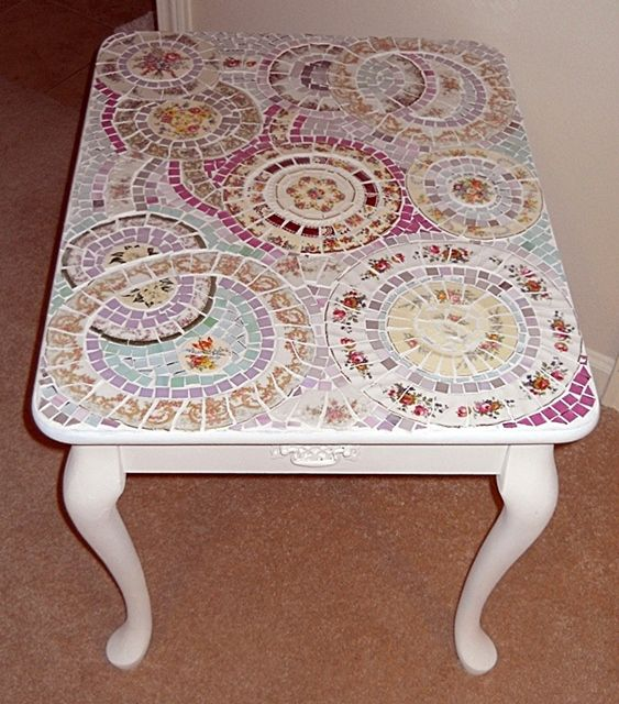 shabby chic mosaic end table | china plates, mosaics and shabby