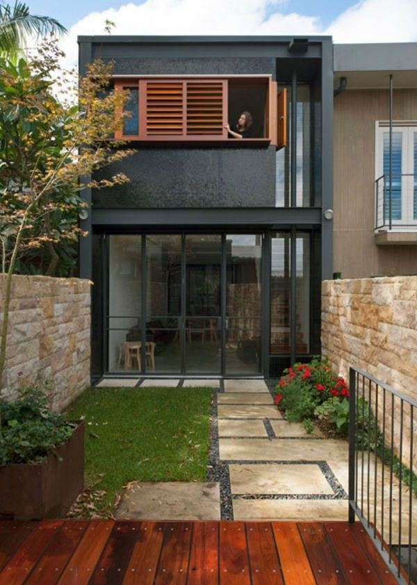Fachada de casa larga y angosta moderno ale pinterest for Loft modernos exterior