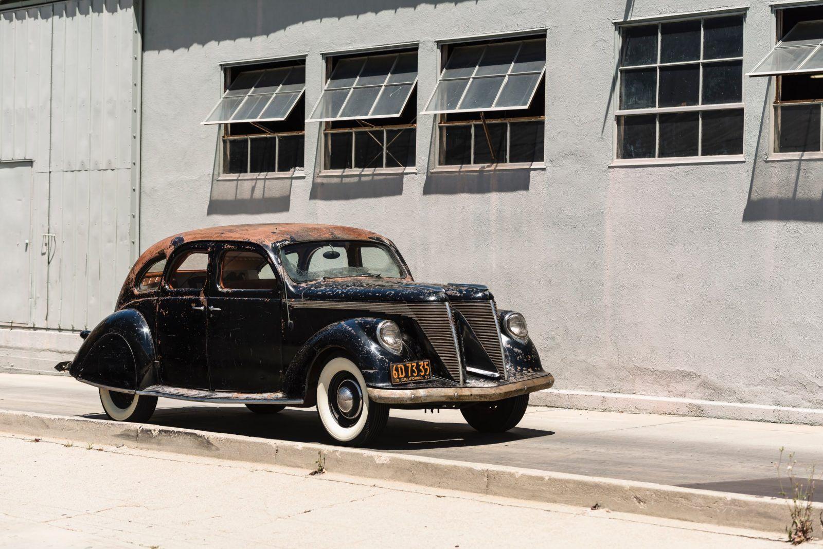 The 1936 Lincoln Zephyr And The 1934 Burlington Zephyr Lincoln