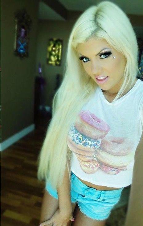 She S So Cute 3 Bright Blonde Beautiful Blonde Hair Beautiful