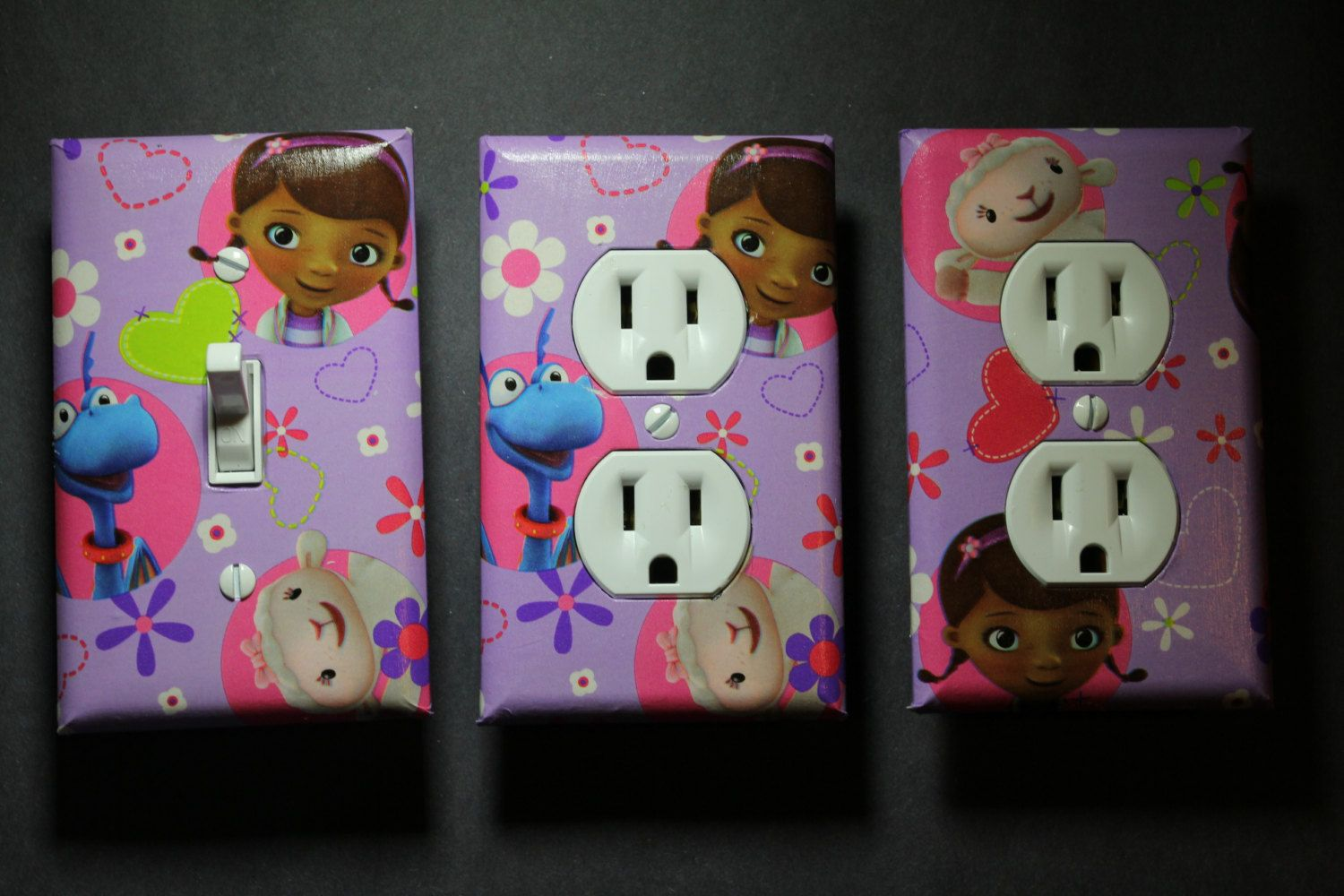 Doc McStuffins 3 piece Light Switch Plate and Socket Cover set girls boys childs room home & Doc McStuffins 3 piece Light Switch Plate and Socket Cover set girls ...