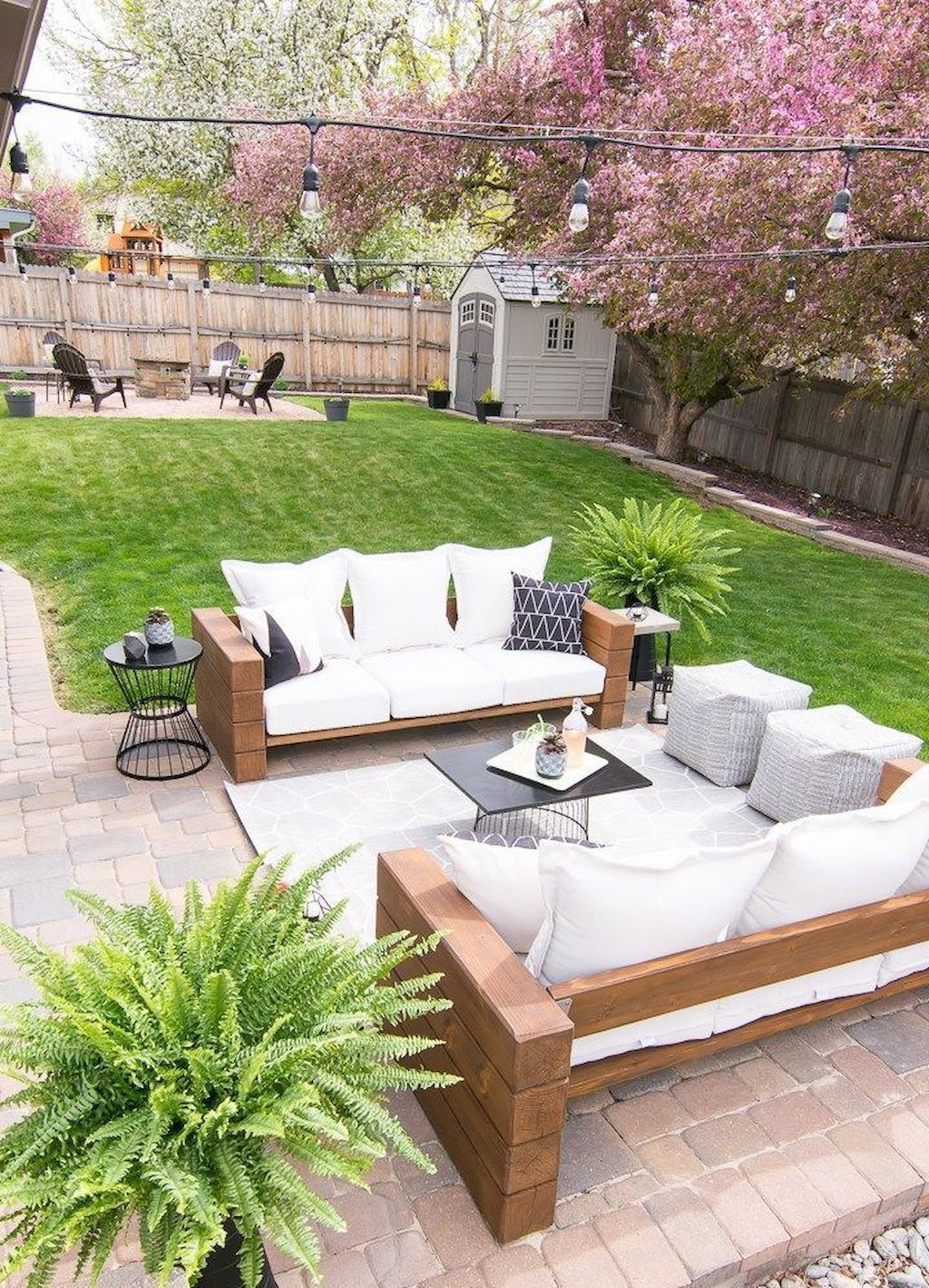 Stunning Outdoor Decorating Ideas to Try This Summer (28 ...