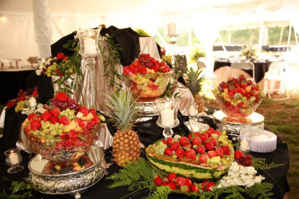 Tropical Fruit Platter For A Beach Wedding: Elegant Fruit Tray For Reception