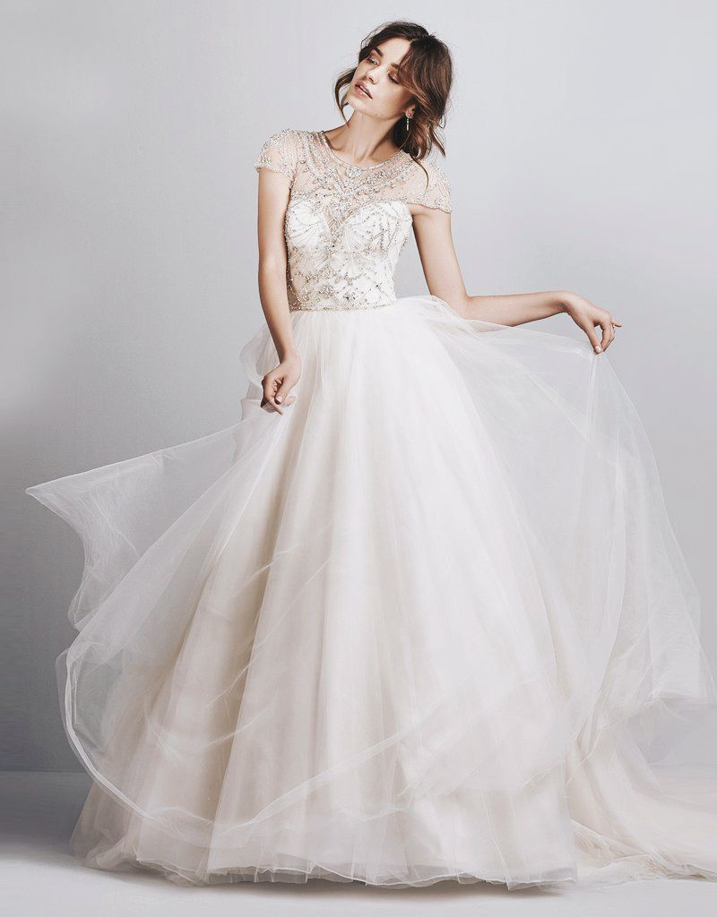 3883bdb3a42 20 Romantic Enchanted Wedding Dresses for Modern Brides