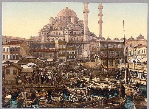 [Yeni Cami mosque and Eminönü bazaar, Constantinople, Turkey] (LOC) by The Library of Congress, via Flickr