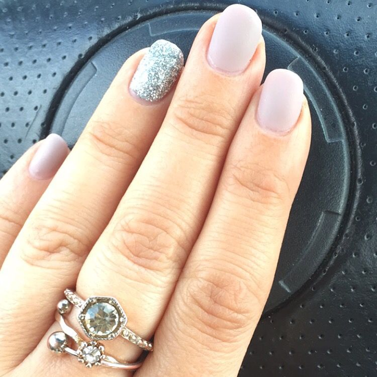 Glitter and matte nude nails