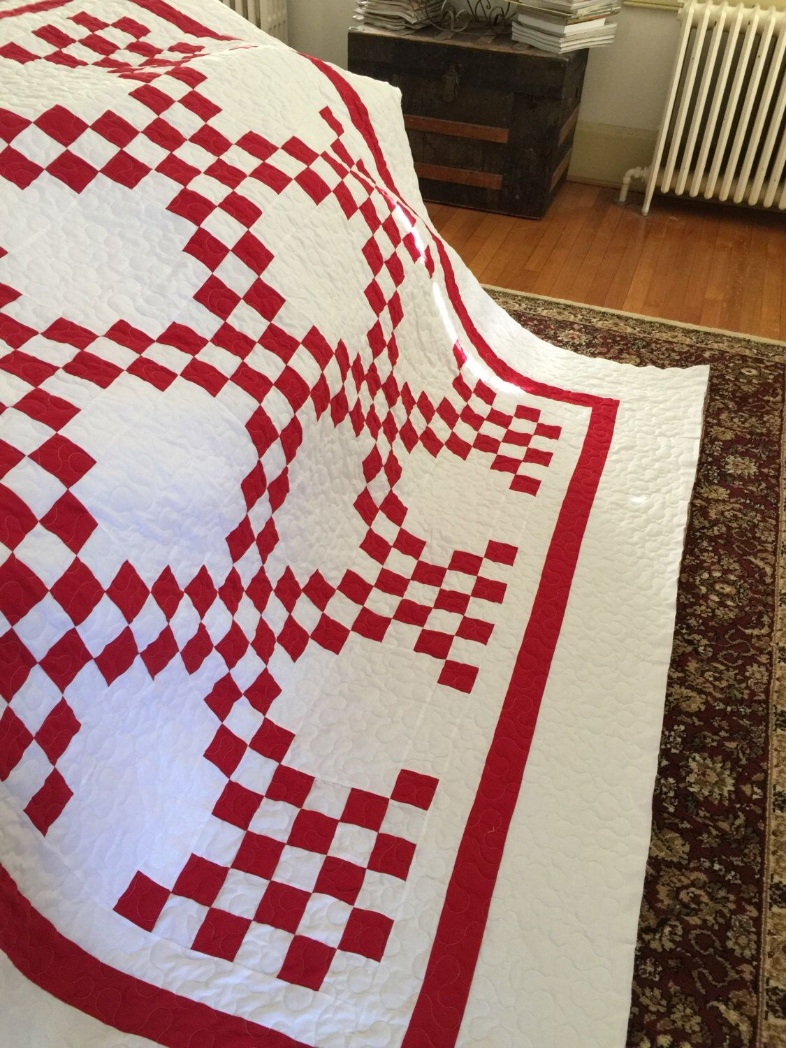 Quilt Double Irish Chain Red And White Quilt Queen Last Border Etsy Red And White Quilts Irish Chain Quilt Irish Chain Quilt Pattern