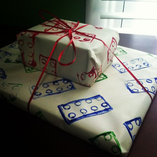 Lego wrapping paper legos wrapping papers and lego lego wrapping paper homemade by dipping legos in paint great do it yourself wrapping paper terrific for kids gifts solutioingenieria Gallery