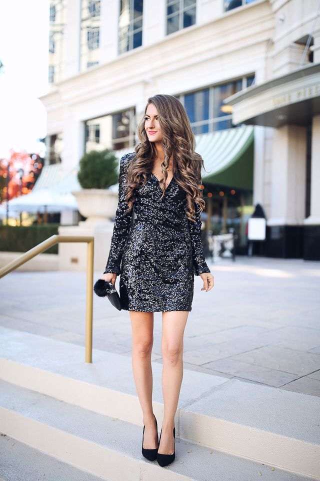 f04d3ef74f73 Sequin dress // Southern Curls & Pearls: What to Wear to a Holiday Party