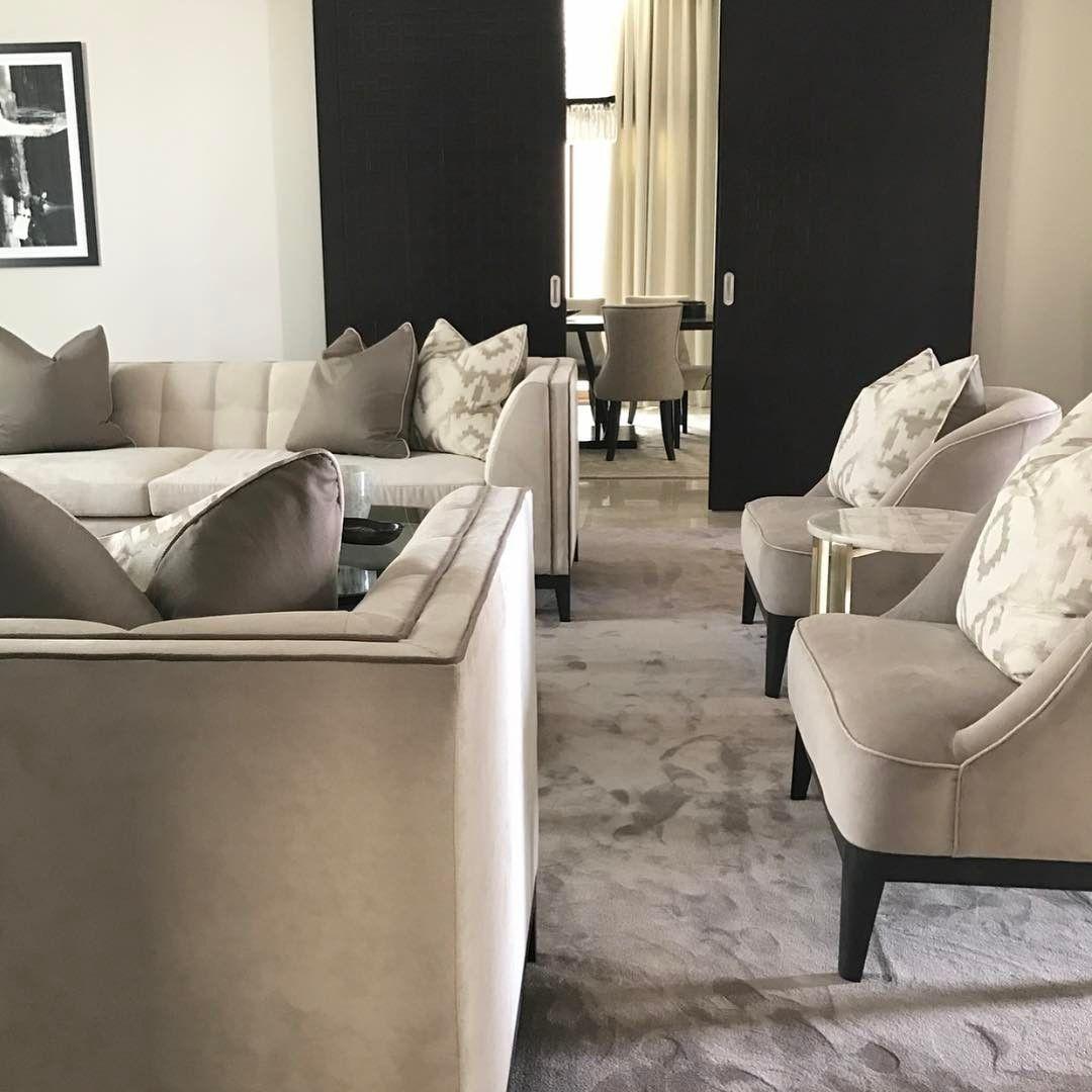 Lounge♠️#inspiration #luxuryinteriors #lifestyle #living #lifestyle #luxuryinteriors #beautiful #beautifulhomes #class #dxb #decor #dubai #design #dubaidesign #elegance #follow #followme #home #house #homedecor #homestyling #homemakeover #instauae #interior #inspiration #instsinteriors #interiordesign #pillows #mrsahomeinteriors # #dubaidesigndistrict #dubaidesigner #dubaiinteriors in cooperation with @minterior