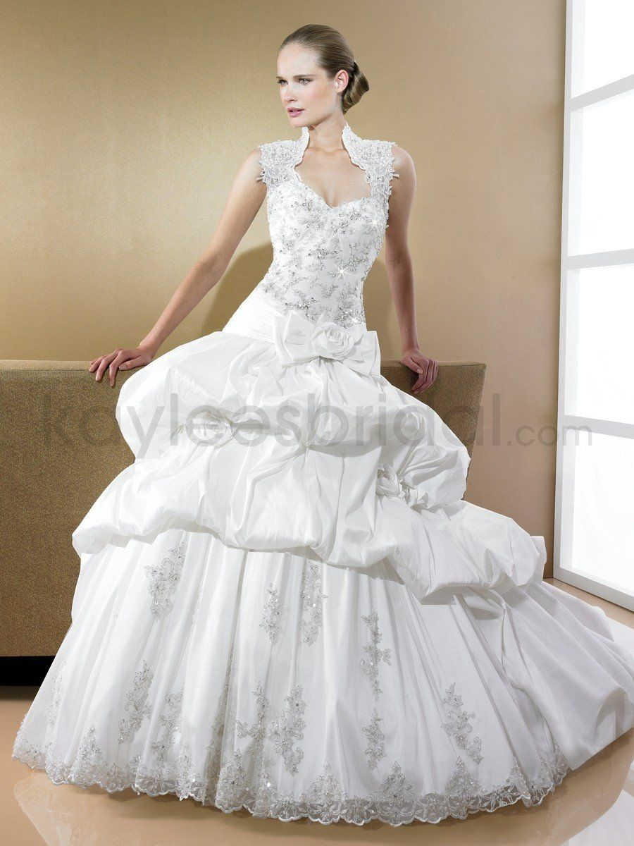 Queen Anne Wedding Dress