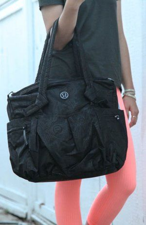 Lululemon Triumph Tote Gym Bag Accessories Misc S