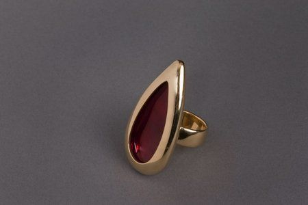 Anish Kapoor Tear ring, form II, 2003. 22ct yellow gold ...
