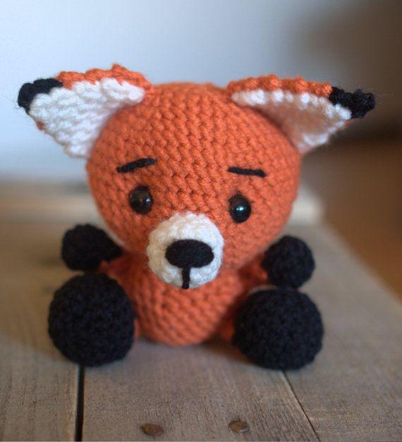 PATTERN: Frankie the Fox - Crochet fox pattern - amigurumi fox