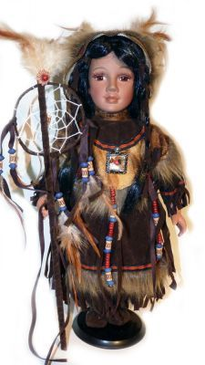 Pin By Niurka Maria On The Doll House Native American Dolls Porcelain Dolls Indian Dolls