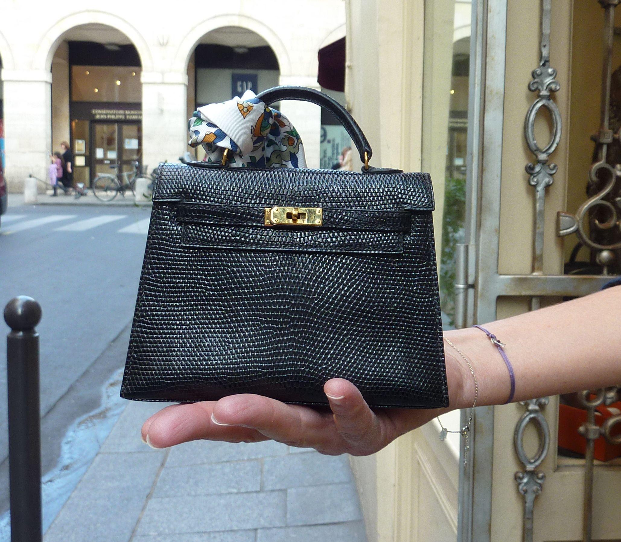 3e4a599bde2 20 cm lizard Kelly   Hermès in 2019   Hermes kelly bag, Hermes bags ...