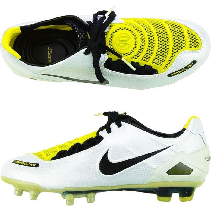 Football boots, Nike football