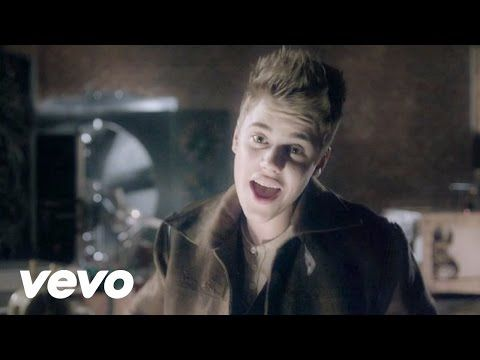 Just Sing it! :)   Christmas songs youtube, Santa claus is coming to town, Justin bieber christmas