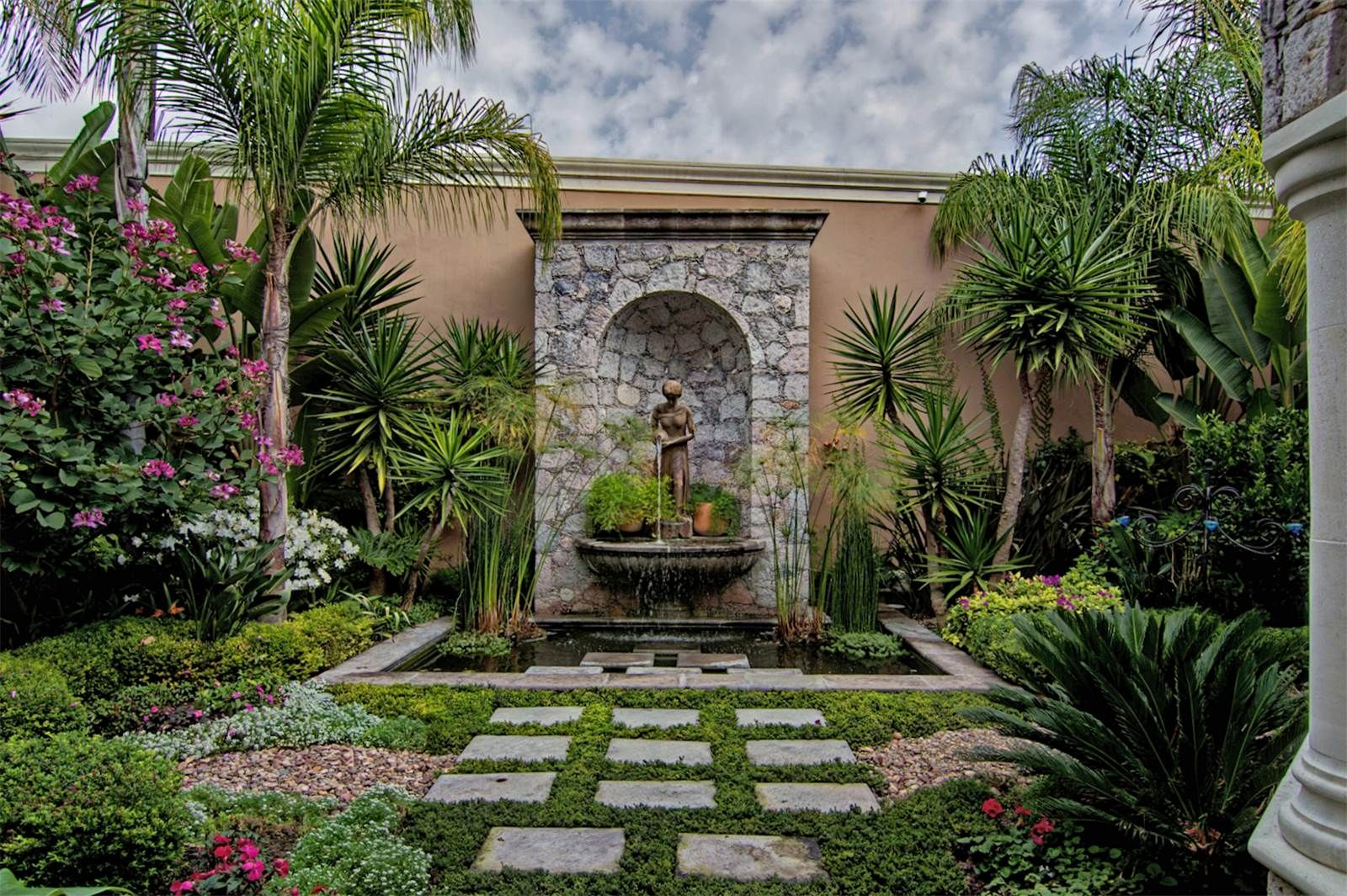 san miguel de allende single guys Discover sense, a rosewood spa in san miguel de allende the mexico luxury spa offers transformative signature treatments in a sublime environment.